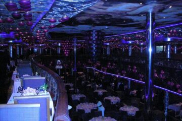 Carnival Miracle Dining Room